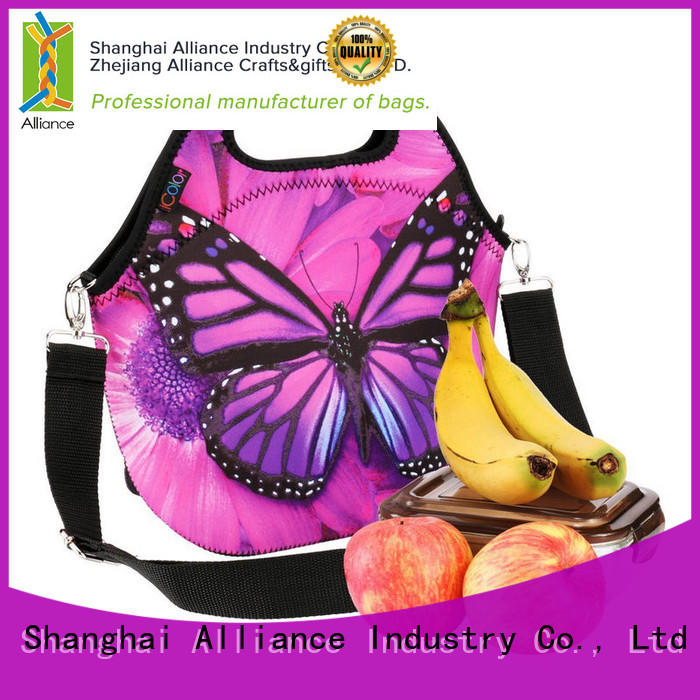 Alliance large lunch bag customized for beach