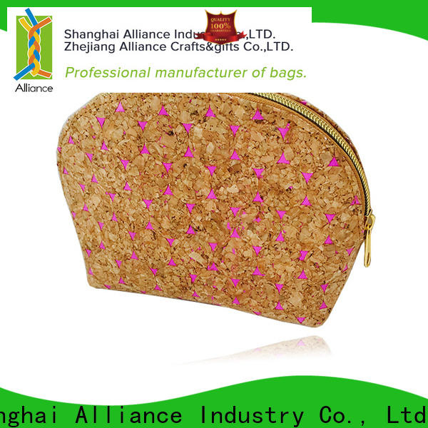 Alliance toiletry bag factory price for tirp