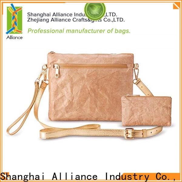 Alliance clutch bag design for indoor