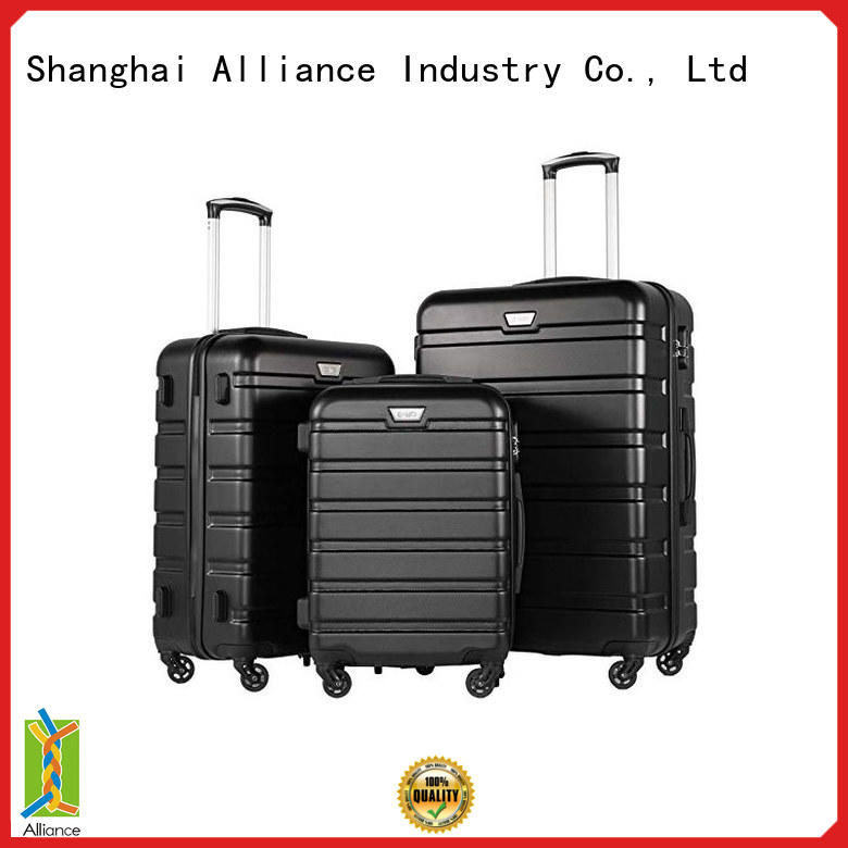 quality lightweight suitcases personalized for vacation
